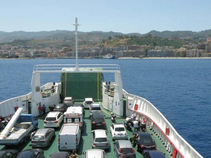 traghetto da Villa San Giovanni